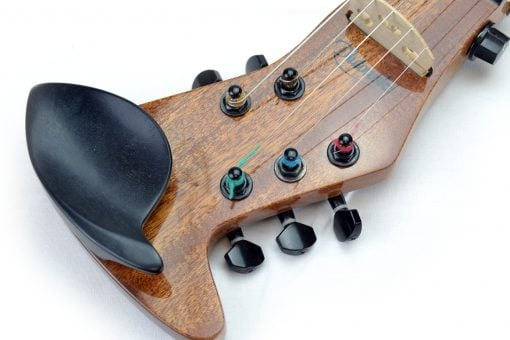 clavijero de violín eléctrico