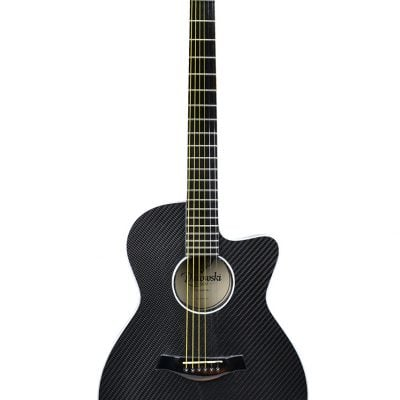 Guitarra acústica de fibra de carbono